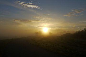 Landschap met opkomende zon von G. de Wit