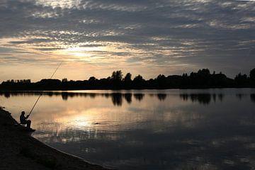 Fischer im Abendlicht von Herman Peters