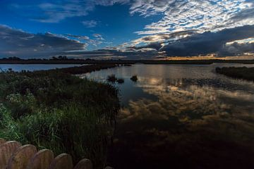 Sunset Dutch Clouds von Wil de Boer