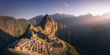 Machu Picchu Panorama 2:1 - Ohne Menschen von Vincent Fennis