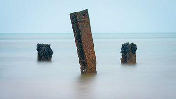 Pole in der Nordsee @ Helgoland von Martijn van Dellen