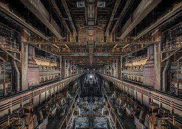 Oude verlaten staalfabriek van Olivier Van Cauwelaert