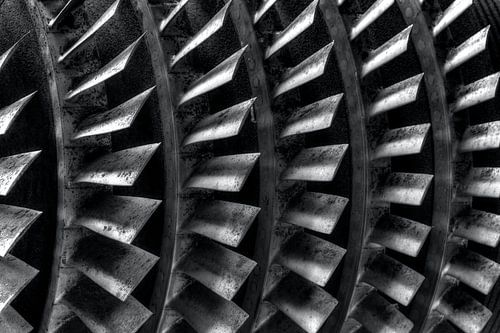 Zwart en wit foto van een turbine van