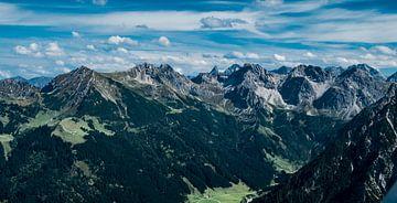 Bergtoppen Oostenrijkse alpen van Ineke Huizing