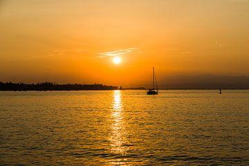 Sunset Lake Garda sur Ivonka Dopieralski