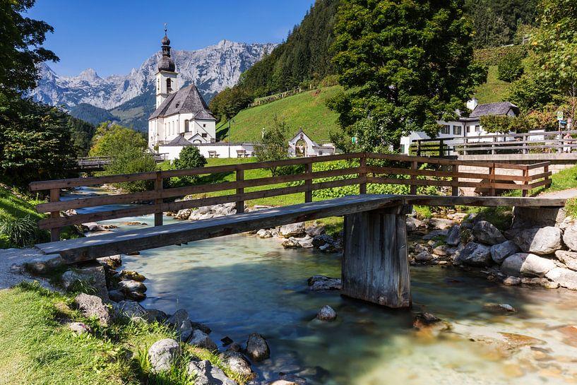 Ramsau Malerwinkel et l'église locale de Saint-Sébastien, mondialement connue, près de Berchtesgaden sur Frank Herrmann