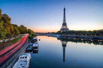 Paris Eiffelturm  sur davis davis