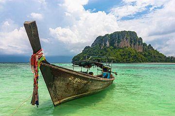 Longtailboot in Krabi van Koen Henderickx
