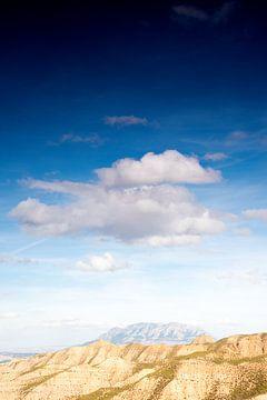 Wolken boven Andalusië van Eva Overbeeke