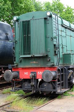 Close-up oud treinstel van Michel Knikker