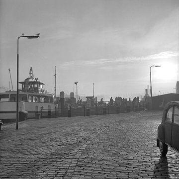 Veerpont Dordrecht - Papendrecht 1971 von Dordrecht van Vroeger