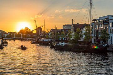 Historische Leidse haven aan het galgewater van Richard Steenvoorden