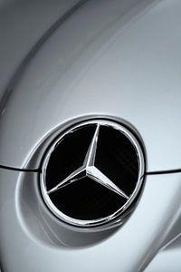 Mercedes SLR logo