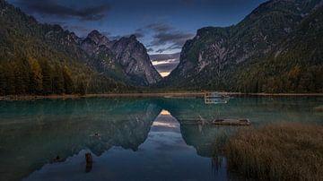 Italien - Dolomiten - Toblacher See von Toon van den Einde