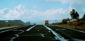 Lost Highway and schoolbus von Peter De Knock