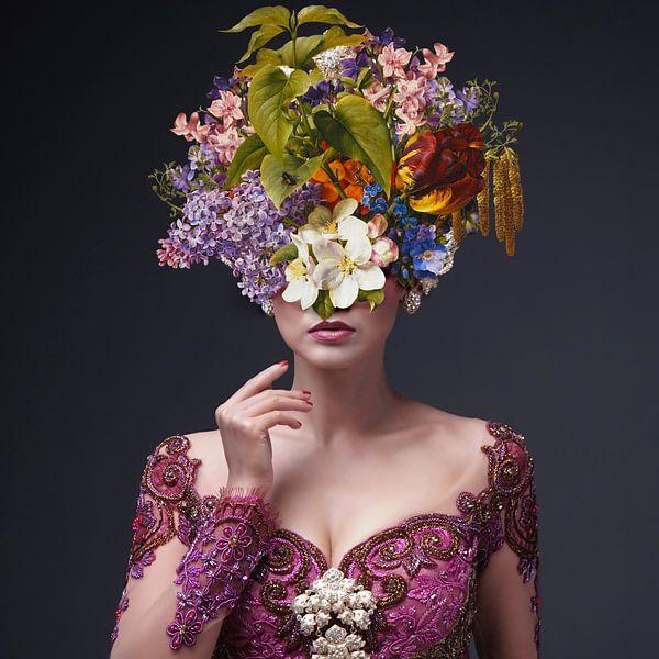 Dahlia II – The full colour Edition van Marja van den Hurk
