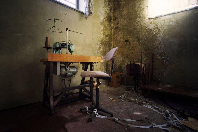 verlassene Nähmaschine von Kristof Ven