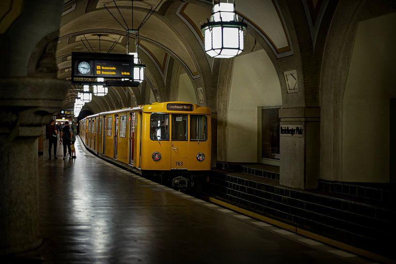 Metro Berlijn van Eus Driessen