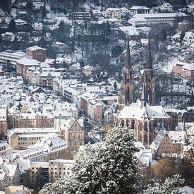 Blick auf die winterliche Elisabeth Kirche von Jürgen Schmittdiel Photography