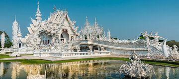 Chiang Rai - Wat Rung Khun in de breedte