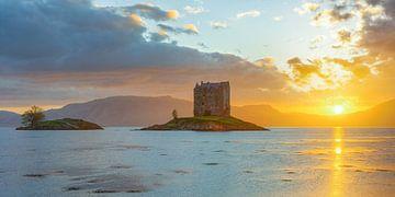 Castle Stalker in Schottland von Michael Valjak
