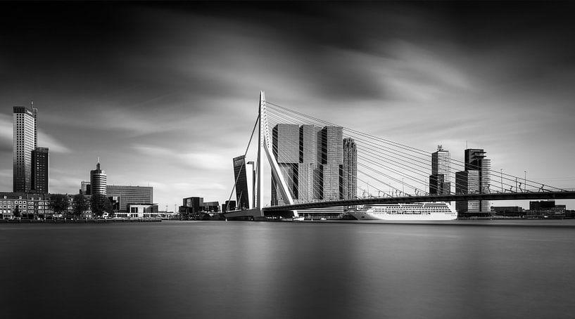 Skyline Rotterdam van Dennisart Fotografie