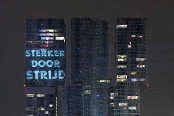 Sterker Door Strijd op het gebouw De Rotterdam in Rotterdam