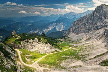 Alpspitze bij Garmisch Partenkirchen von Ilya Korzelius