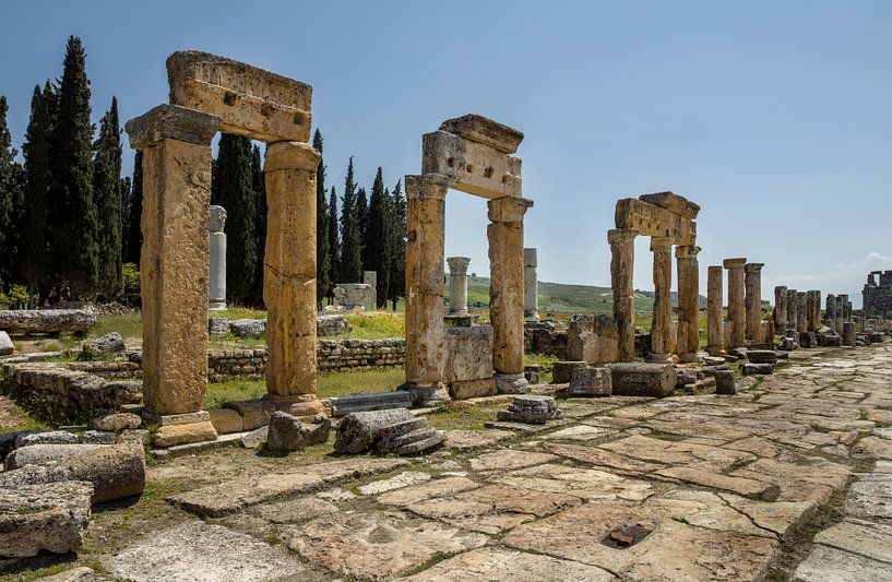 Hierapolis (Pammukale -Turkije) van Maurits van Hout