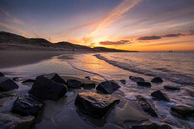 A Whisper (strand Zoutelande) van Thom Brouwer