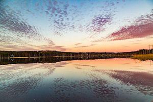 Middernacht boven de poolcirkel in Zweden