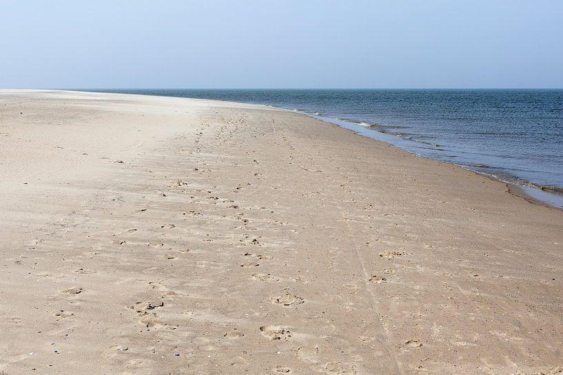 Het Strand bij Waddenzee en Noordzee van Evert Jan Luchies