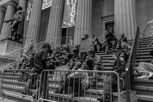 Wall Street 2012 van