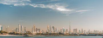 La ligne d'horizon de Dubaï sur Bas Fransen