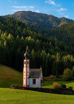 Kapel in de Dolomieten, Italië van Adelheid Smitt