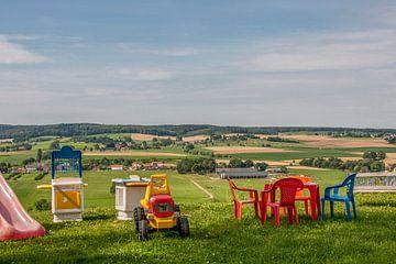 Kinderspeelhoek  met uitzicht op Zuid - Limburg