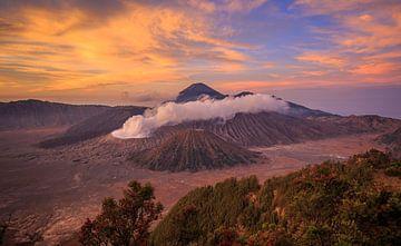 Mount Bromo 2 von Claudio Duarte