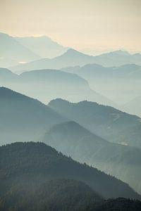 Österreichische Alpen - Silhouetten von Jiri Viehmann