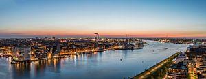 Fenomenale panorama vanaf A'DAM toren over het IJ