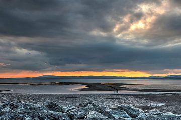 Vurige zonsondergang van Frans Blok
