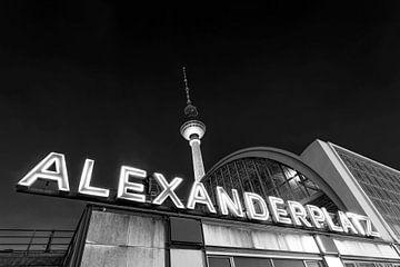 Televisietoren en Alexanderplatz station