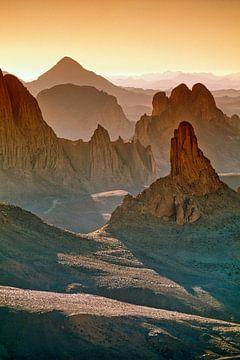 Wüste Sahara. Hoggar-Gebirge bei Tamanrasset von Frans Lemmens