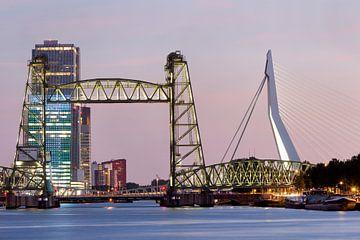 Stadsgezicht met de Hef in Rotterdam van Peter de Kievith Fotografie