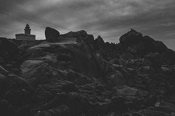 Leuchtturm bei Santa Teresa von Tom Rijpert