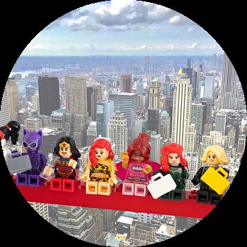Lunch atop a skyscraper Lego edition - Super Heroes - Women - New York van Marco van den Arend