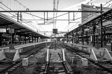 Station Groningen, Eindstation (zwart-wit) van Klaske Kuperus