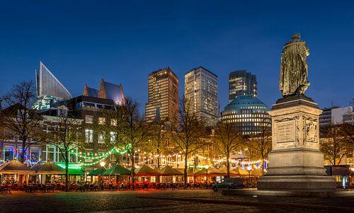 Avondfoto Plein in Den Haag  van