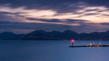 Die Bucht von Cannes vom Hotel Carlton von Yannick Lefevre