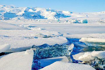 Jökulsárlón Gletsjermeer IJsland van Marjolein van Middelkoop