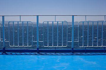 Symphony in Blue, voyage en ferry sur la mer Méditerranée, en Grèce.